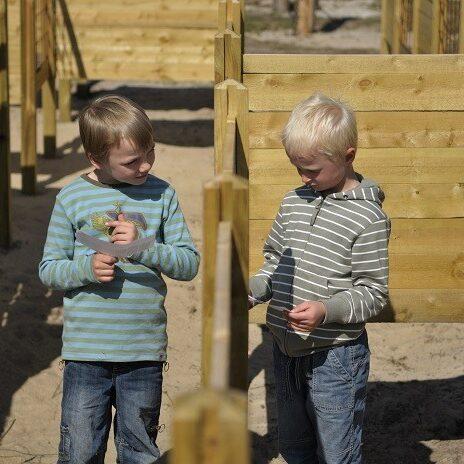 Vi har også en labyrint til de mindre børn
